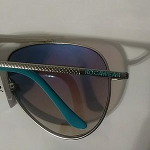 Rocawear Accessories - Sunglasses
